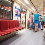 Tarlós boldog: megkapta az első Alstom-metró kulcsát