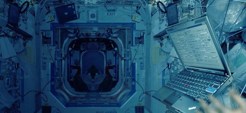 """Hogyan lett az űrbéli """"fekete szivardoboz"""" minden idők legsikeresebb üzleti laptopja"""