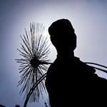 A pápához fordulnak a kéményseprők, ha a kormányhoz nem tudnak