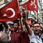 A törökök ellenzik a szíriai kurdok orosz-amerikai támogatását