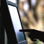 Ezernél több gyermekpornográf felvétel került elő egy balatonfüredi férfi számítógépéről