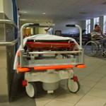 Állami kórházban, tízparancsolattal gyógyítaná az állami vezetőket a Párbeszéd