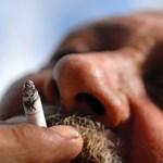 A világ legrondább színével szoktatnák le az embereket a dohányzásról