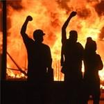 Még a TikTokot is beelőzte az app, amivel lehallgatják az amerikai rendőröket a tüntetők