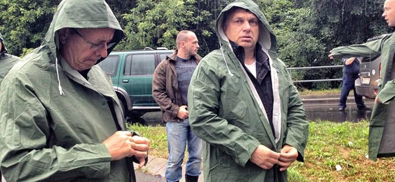 Orbán Viktor: veszélyben a gátak a szél miatt