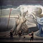 15 méteres Dalí festmény érkezik Budapestre