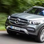 Gázolaj és áram: hazánkban a Mercedes új dízelhibrid divatterepjárója