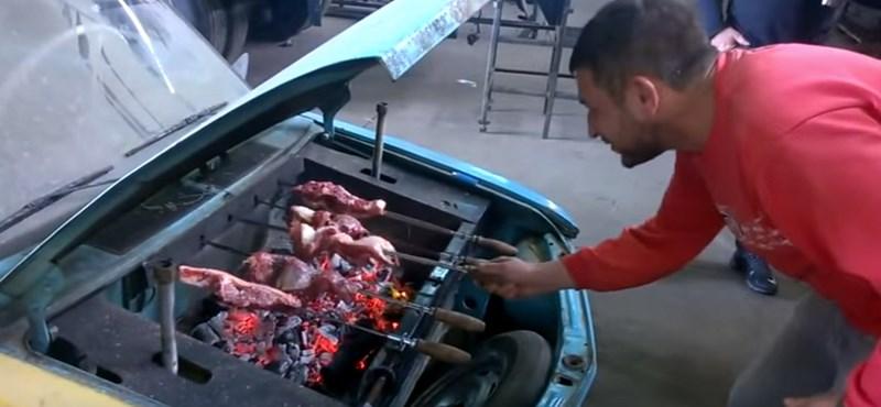 Igazi garázstuning-csoda a grillezővé alakított autó – videó