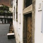 Az ajtók záródnak: titkosítják az MNB alapítványainak szerződéseit is
