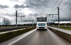 Már 200 km-t megy egy töltéssel a Daimler e-kamionja
