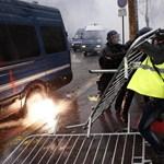 Halálos fenyegetést kaptak, mégsem tárgyalnak a francia miniszterelnökkel a sárga mellényesek vezetői