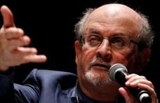 Vízválasztó lett az iszlám és a Nyugat közt a Salman Rushdie íróra 30 éve kimondott fatva