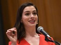 Leszúrtak egy stábtagot a legújabb Anne Hathaway-film forgatásán