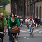 Biciklizz sisak nélkül, garantált az agysérülés!