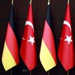 Török NATO-katonáknak adott menedékjogot Németország