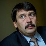 """Áder a Fidesz választási rendszeréről: """"a furcsa helyzeteket szeretnénk elkerülni"""""""