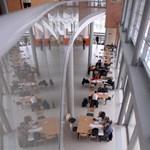 Létszámleépítéshez vezethet az egyetemeken a 13 milliárdos zárolás