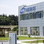 Bocsánatot kért a Samsung minden munkásától, akinek a halálát okozta