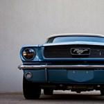Ki ne akarna egy ilyen tökéletesen mai 1964-es Mustangot?