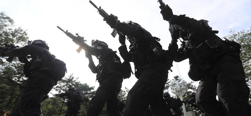 Lerombolja a sztereotípiákat a brit hadsereg új toborzókampánya