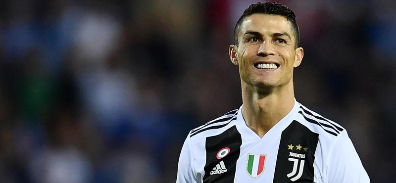 Parádés gólt lőtt Ronaldo a Manchesternek