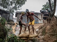 Két év, 10 ezer halott, de felelősségre vonás nincs a rohingya népirtás ügyében