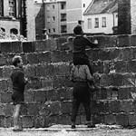 Megdöbbentő vélemény a berlini falról