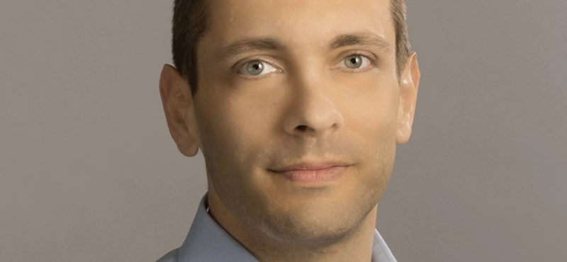 Bajba került az Apple magyar származású mérnöke a San Franciscó-i repülőtéren