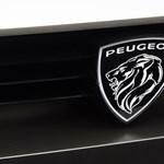 Megújult logót kap a Peugeot