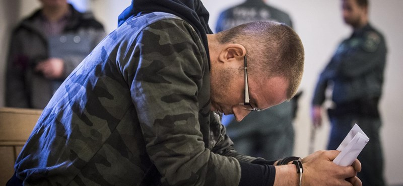 Újra bilincs került Zuschlag János kezére, megszólalt az ügyvédje