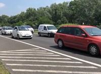 Négyes karambol történt az M7-esen a Balaton felé