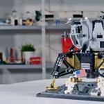 Apollo 11-es szettet adott ki a Lego