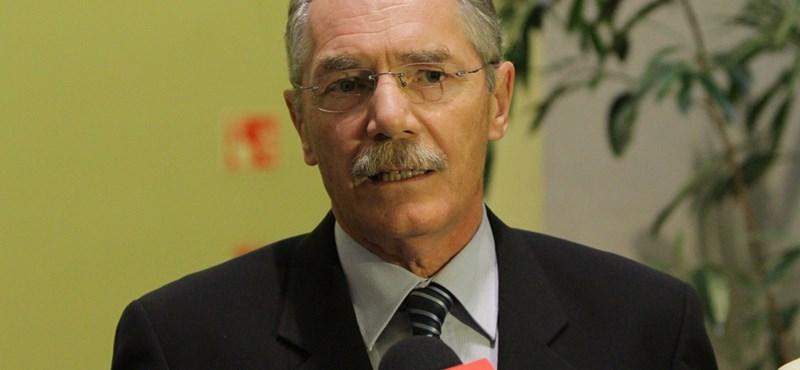 """""""Politikai zsarolás"""": újabb kiállás Tulassay mellett"""