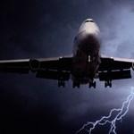 Lezuhanhat villámcsapástól a repülő?