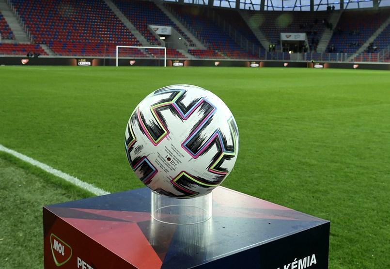 Ráomolhat a gazdasági válság a magyar focira
