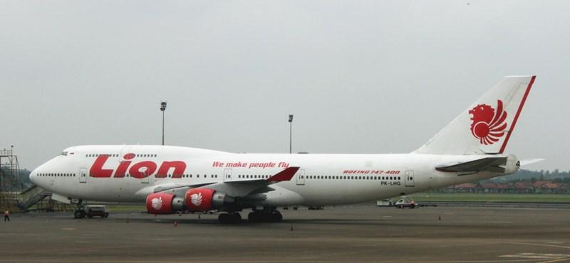 Műszaki probléma miatt kellett javítani nemrég a lezuhant indonéz utasszállítót