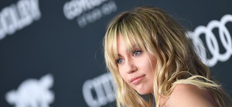 Ijesztő videón fogdossák Miley Cyrust