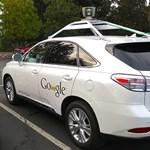 Olyan döntést hozott a Google, ami végre megválaszolja az önvezető autókkal kapcsolatos egyik legfontosabb kérdést