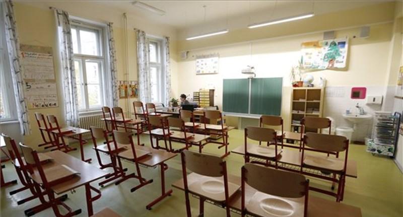 Maruzsa: gyermekfelügyelet sem lesz az óvodákban és az általános iskolákban