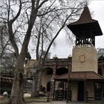 Bontják az egykori Vidámpark két híres játékát – fotók
