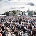 Közel hatszáz gyerekkel lép fel a Hősök terén a Fesztiválzenekar