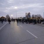 A szerb védelmi miniszter szerint szégyenletes, hogy álhíreket gyártanak a határnyitásról