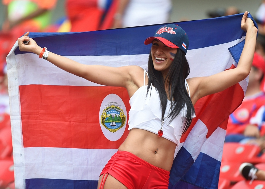 afp.14.06.19. – Recife, B.RAZ: meccs – olaszország-costa rica-olaszország- vb14meccs, foci-vb 2014, vb-2014, vb14tömeg, vb14szurkoló