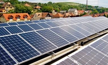 Sietnie kell a napelemekkel, ha nulla forintos villanyszámlát szeretne