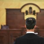 Újra bíróság elé állt a lúgos orvos