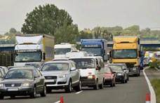 Baleset miatt lezárták az M3-as autópályát Tiszaújvárosnál