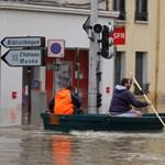 Gyorssegéllyel tartja felszínen az árvízkárosultakat a francia kormány