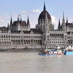 Parlamenti vizsgálóbizottságot hívna össze a Jobbik, hogy kiderüljön, mi okozta a dunai hajóbalesetet