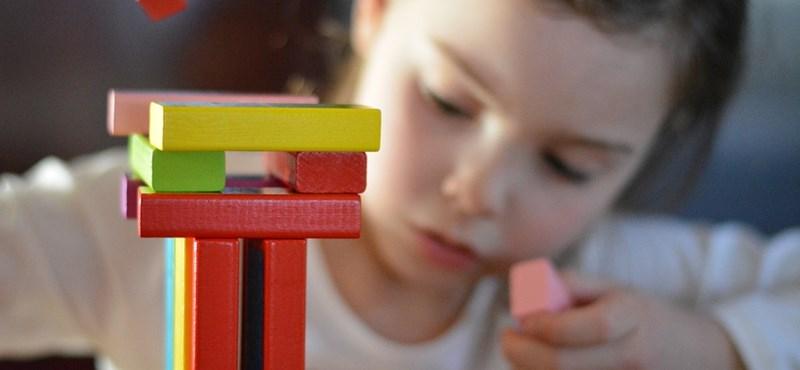 Ilyen udvar kellene minden magyar iskolába - zseniális ötletek