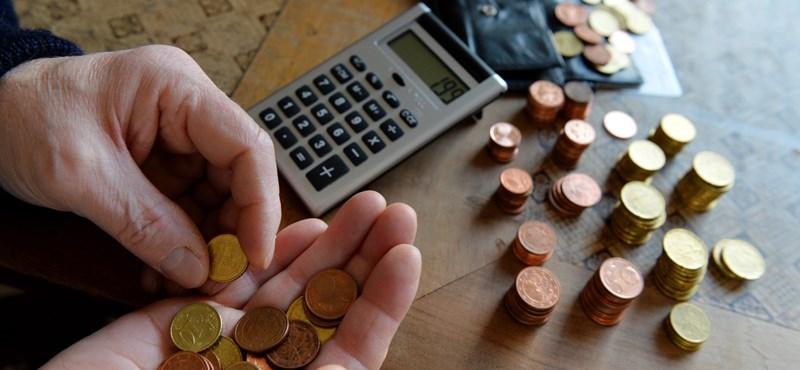 Titkolják, hogy mennyi az átlagnyugdíj